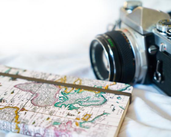 Пътувания за свободното време & Туристически обиколки с FlyMore.BG